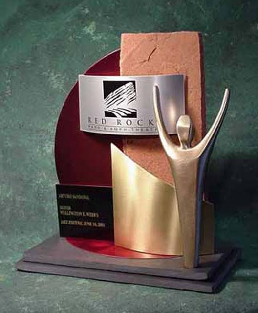 Freestanding Bronze Casting Awards - Banner Achievement with Figure Exclaiming